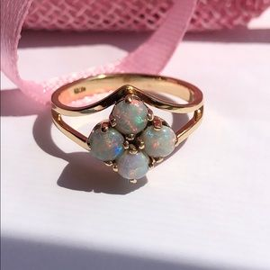 Jewelry - 14K Yellow Gold Opal Ring